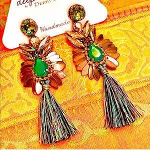 NWT Deepa Gurnani Crystal Lotus Tassel Chandeliers